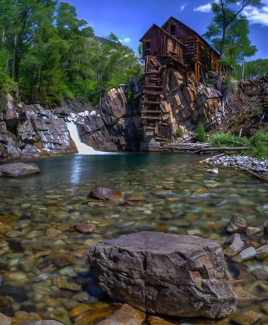 Crystal Mill Milling Crystals And Vacation