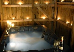 Romantic Private Outdoor Hottub With Most Of Our Accommodation