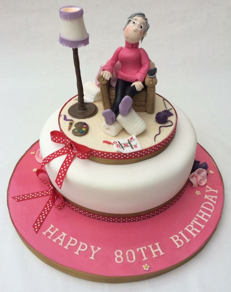 A lovely 100 personalised birthday cake for one lady