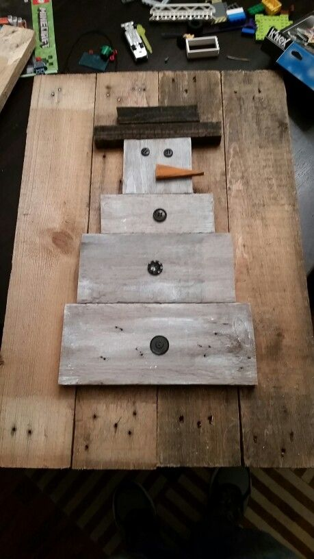 Wood Pallet Snowman Pallets Pinterest Christmas Wood Crafts