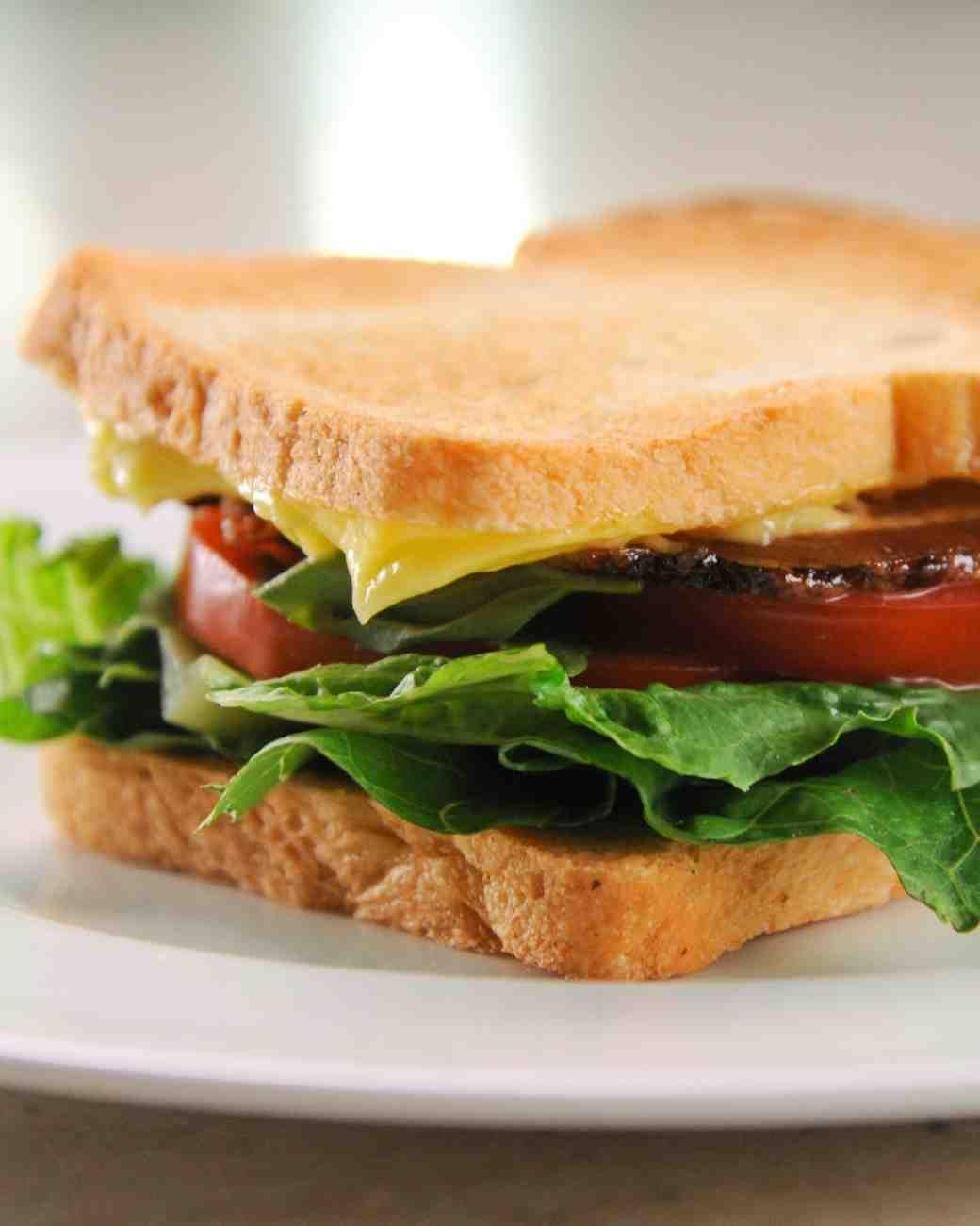 Perfect BLT Sandwich