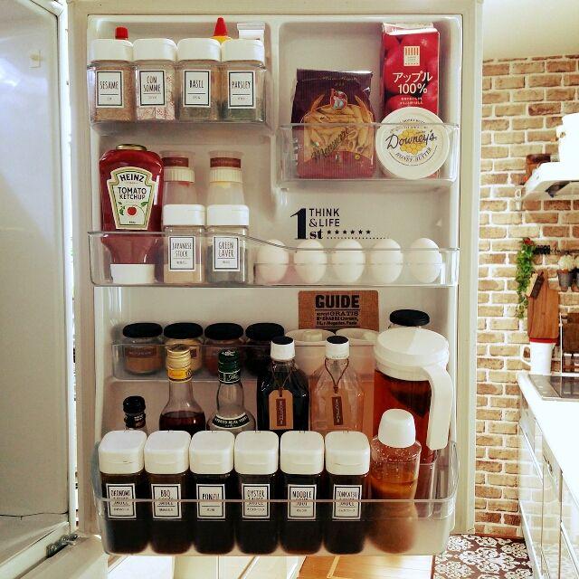 セリアのドレッシングボトルでキッチンをすっきり 冷蔵庫 収納