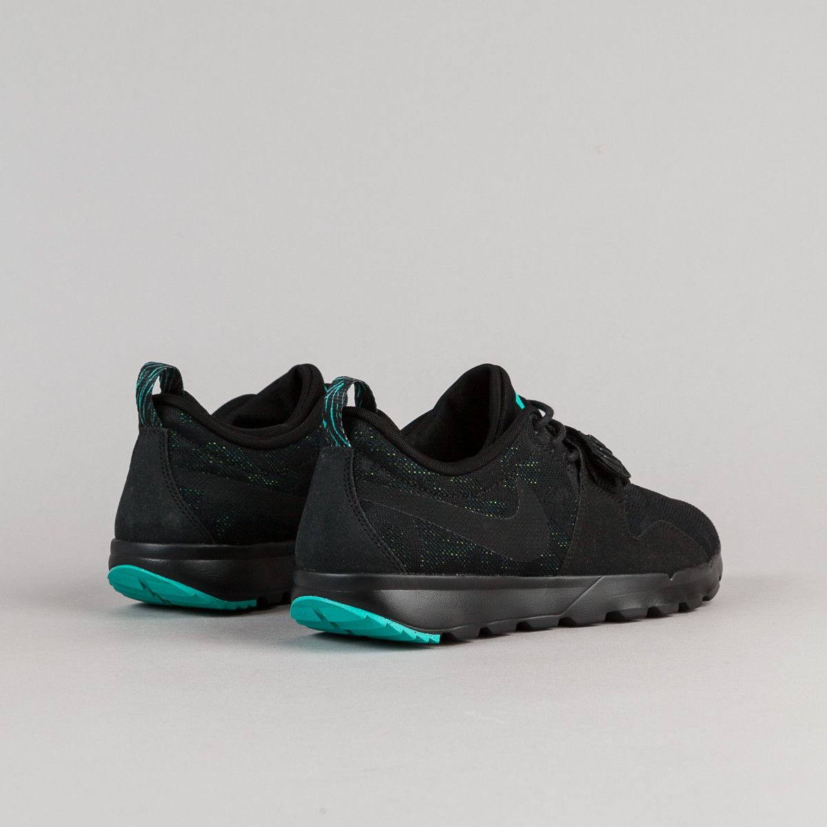 nike sb trainerendor black black & jade shoes