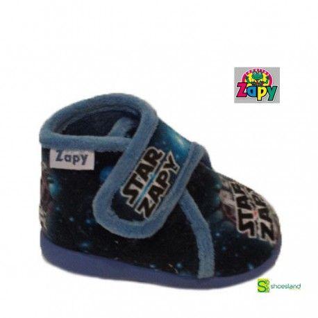 82f1c00dda52e Zapatillas de casa para niños de Star Wars de Zapy tipo botita con velcro  muy calentitas