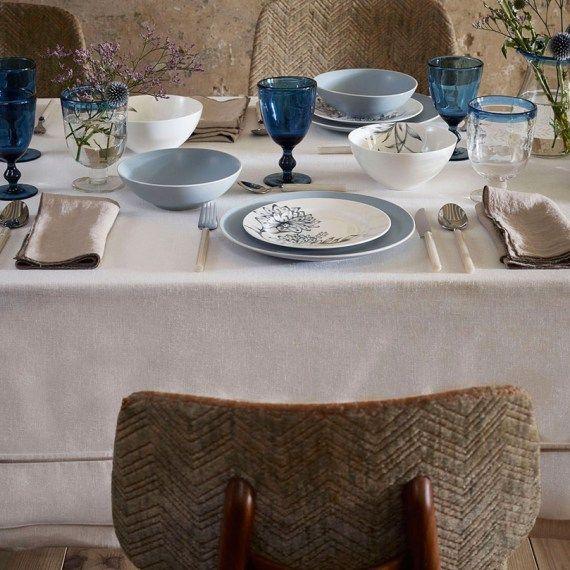 Dekk bordet med noe gammelt og noe blått…
