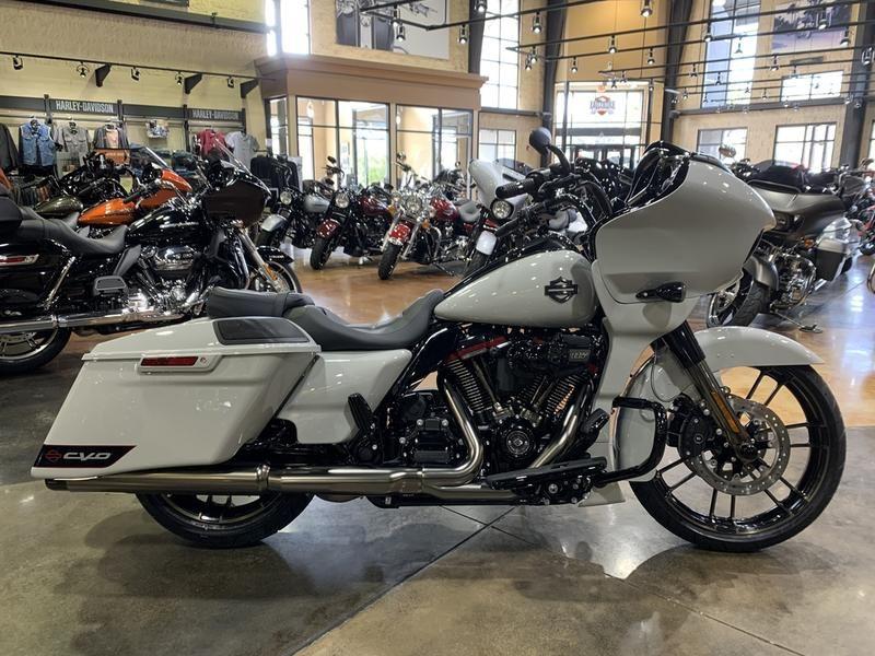 2020 Harley Davidson Road Glide in 2020 Harley davidson