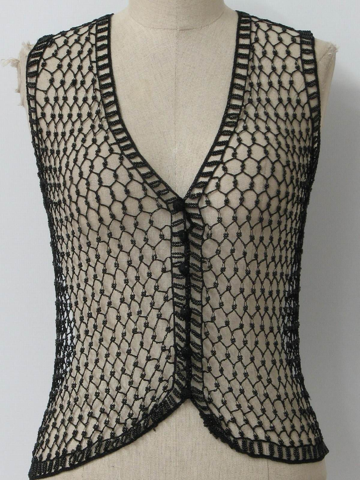 80s missing label womens black background open weave chainmail 80s missing label womens black background open weave chainmail inspired v bankloansurffo Image collections