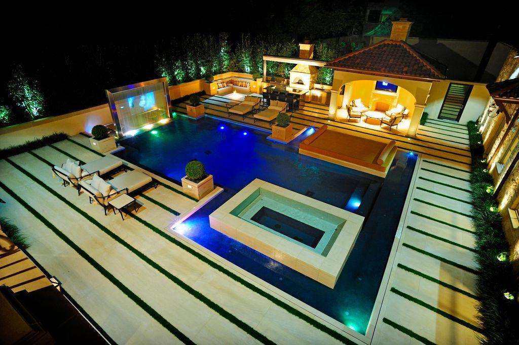 Modern Pool Design With Slide
