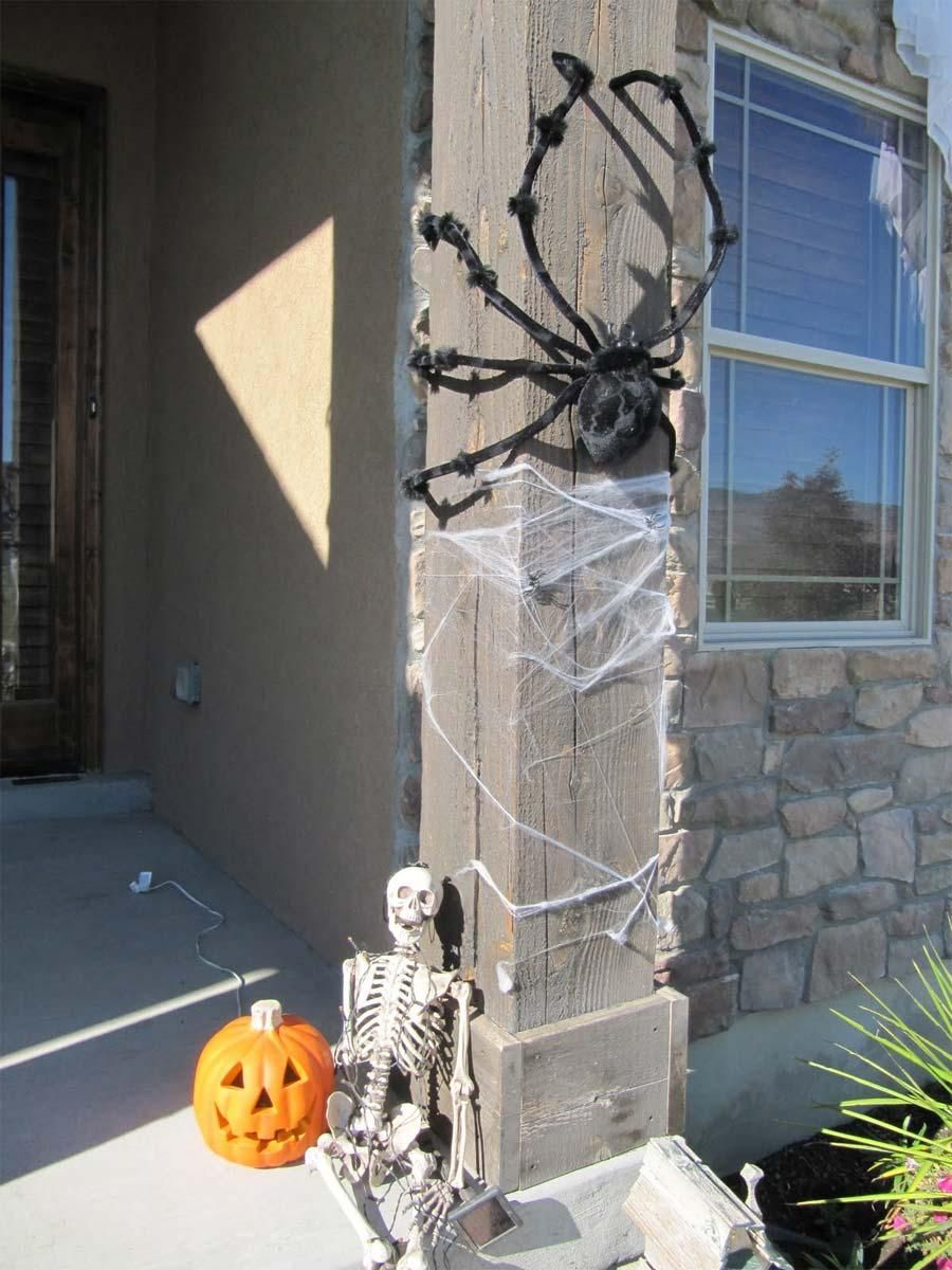 HALLOWEEN DECORATIONS  IDEAS  INSPIRATIONS Pumpkin Carving - Scary Halloween Yard Decorating Ideas