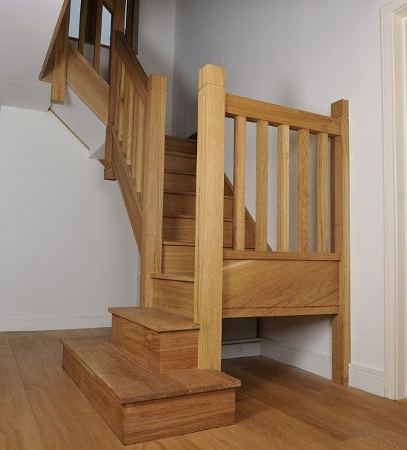 Stair balusters oak staircase with square chunky newels for Spiral staircase square