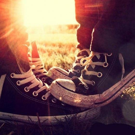 Cute Emo Couples in Love   boy, converse, cute, girl, hug, shoes, emo, style, couple