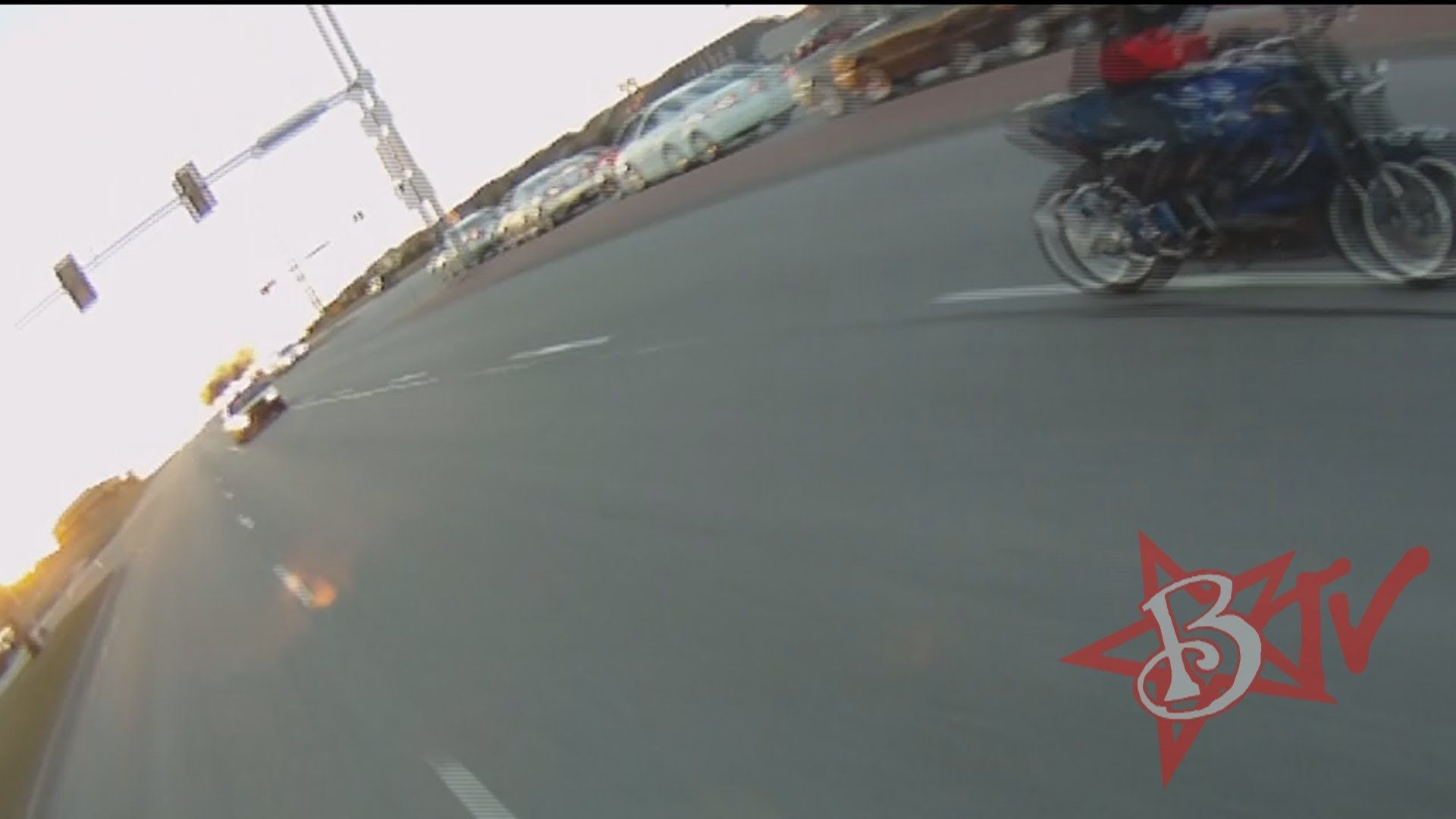 Motorcycle Wheelies Running From The Cops Chase Street Bike Police