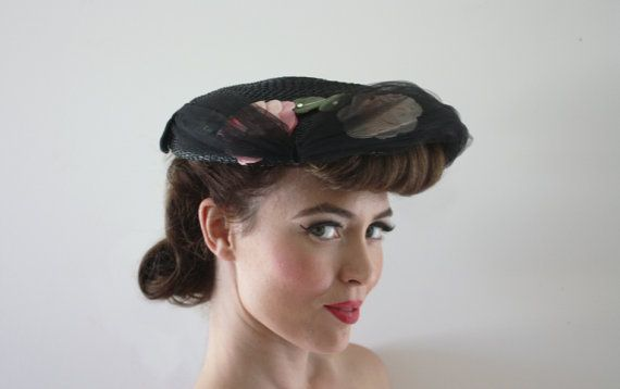 Vintage 1940s 1950s DIOR STYLE new look round by BatYourLashes