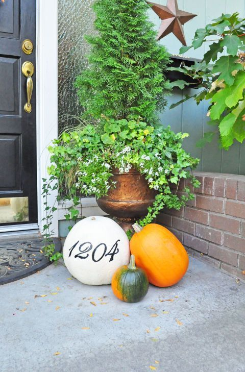 30 Pumpkin Painting Ideas for a Colorful Halloween Pumpkins - halloween pumpkin painting ideas