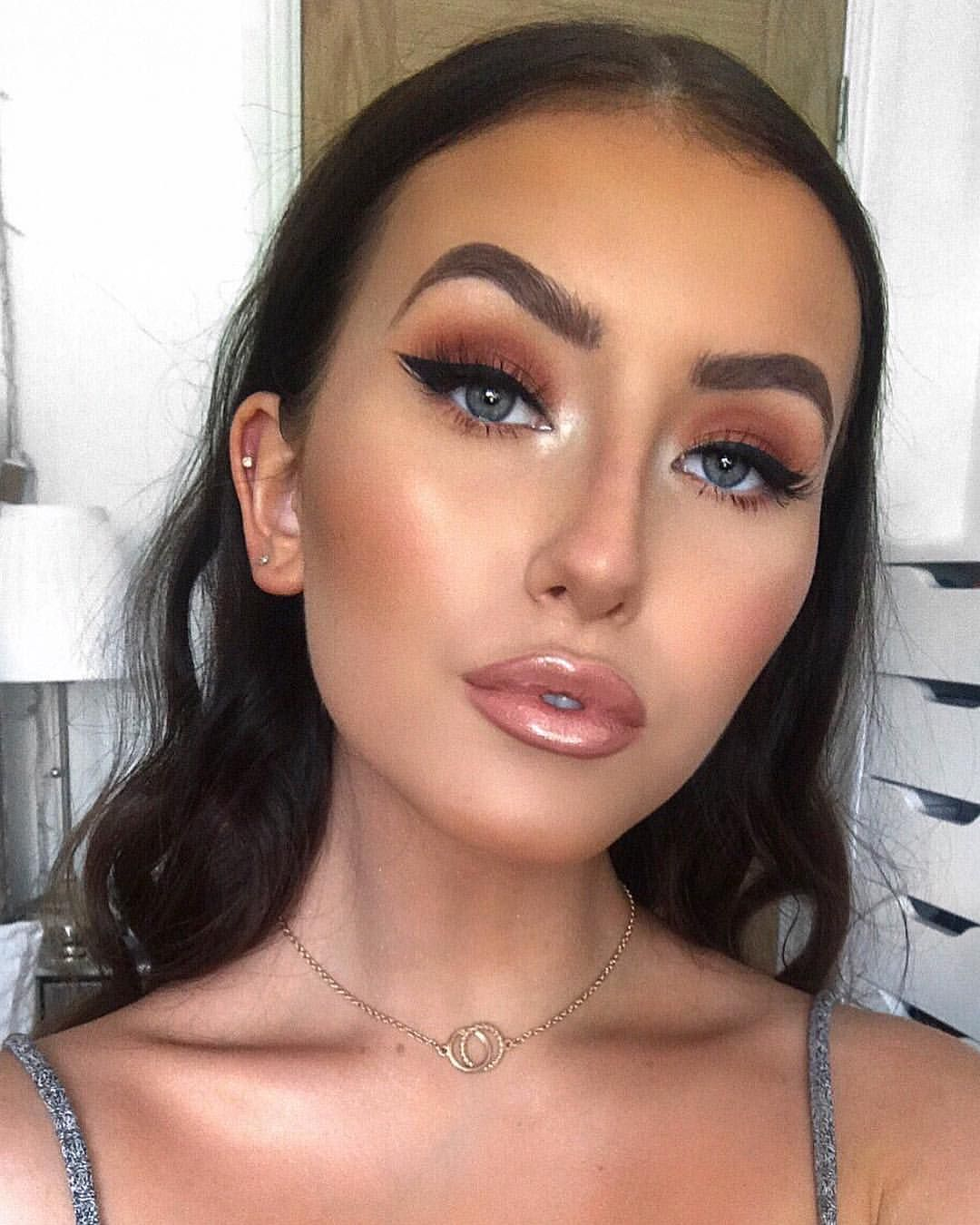 Wedding guest makeup 👰🏼🤵🏻 who's seen yesterday's video