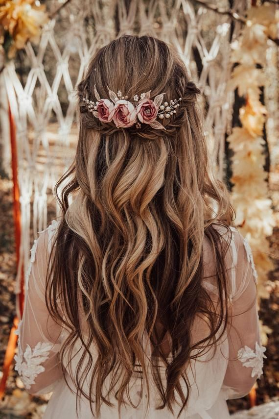 Boho bridal hair comb with handcrafted dusty pink flower and leaves Bridal boho hair piece with dusty pink flower
