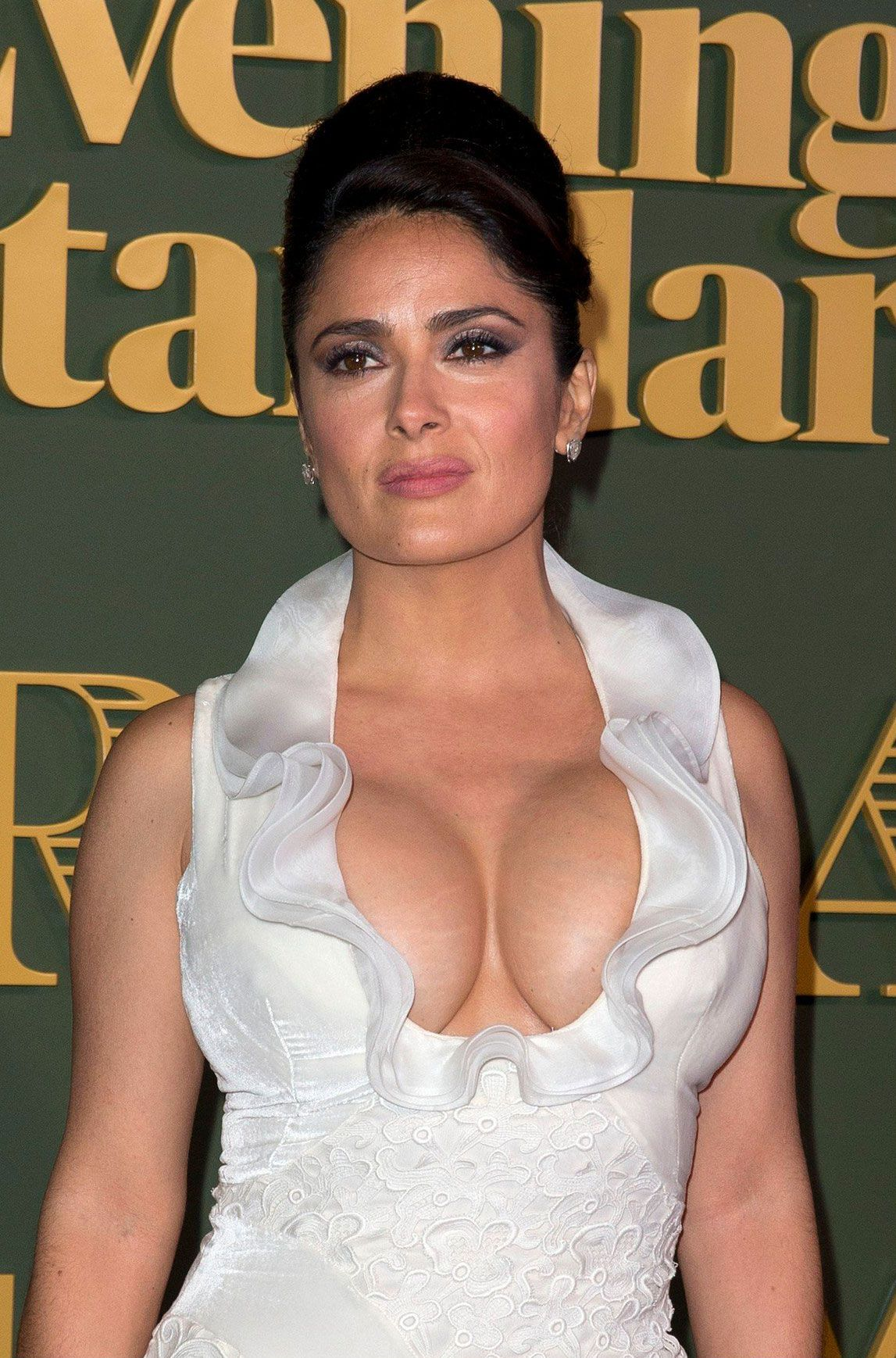 woman-with-salma-hayek-hot-cumming-kapoor