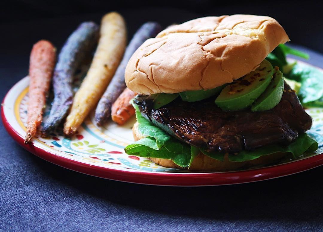 Juicy Vegan Burger Link In Bio وصفة برجر المشروم الحين بالموقع بالعربي و الانجليزي Burger Food Recipes
