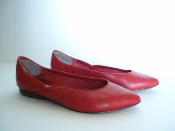 bc18cd1b7a87a Vintage Mia Flats- hall of fame shoes. Isn't it time to bring this ...