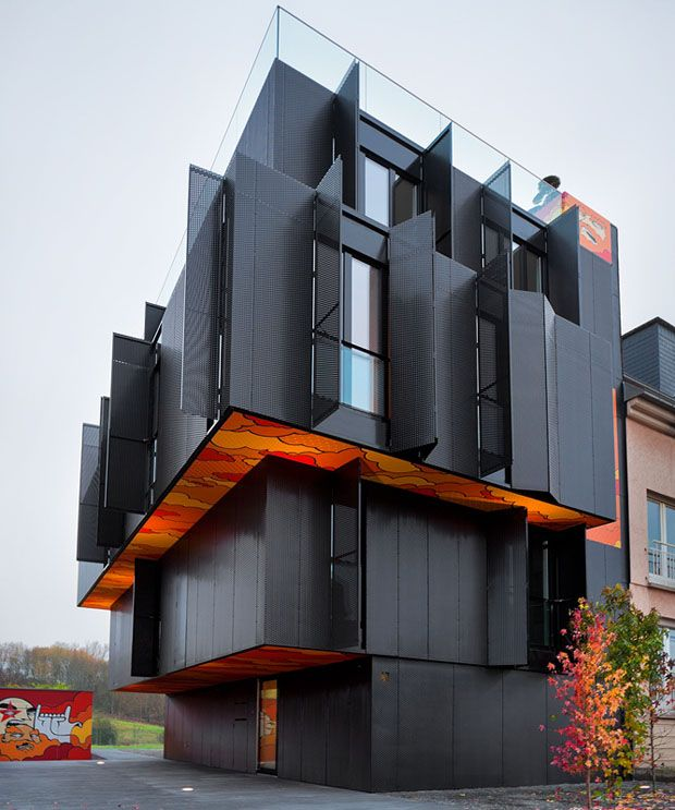 Apartment Building in Luxembourg by Metaform Architects