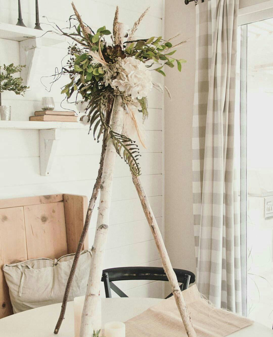 Birch floral teepee centerpiece. Beautiful!!! | ENTERTAINING/HOLIDAY ...