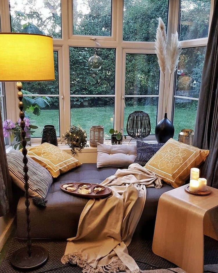 Bohemian Style Home Decor Does Not Take So Much Time But The Smart Time It Is One Of The Easiest And Graceful Home Decorating Ideas In 2020 Home Home Decor Cozy House