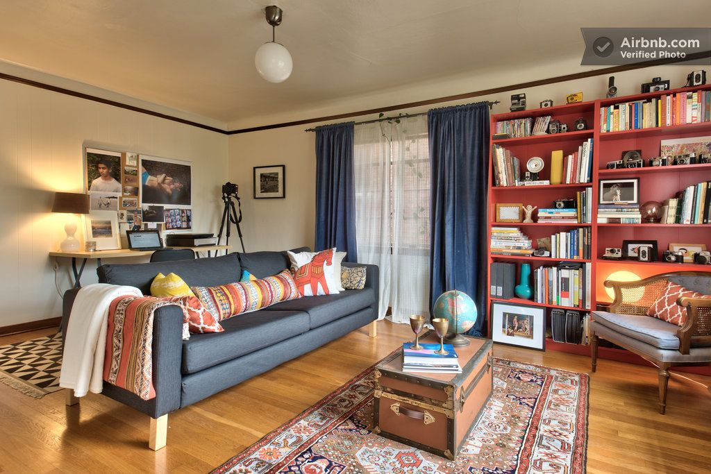 Warm & Charming 1br in Capitol Hill in Seattle Apartment