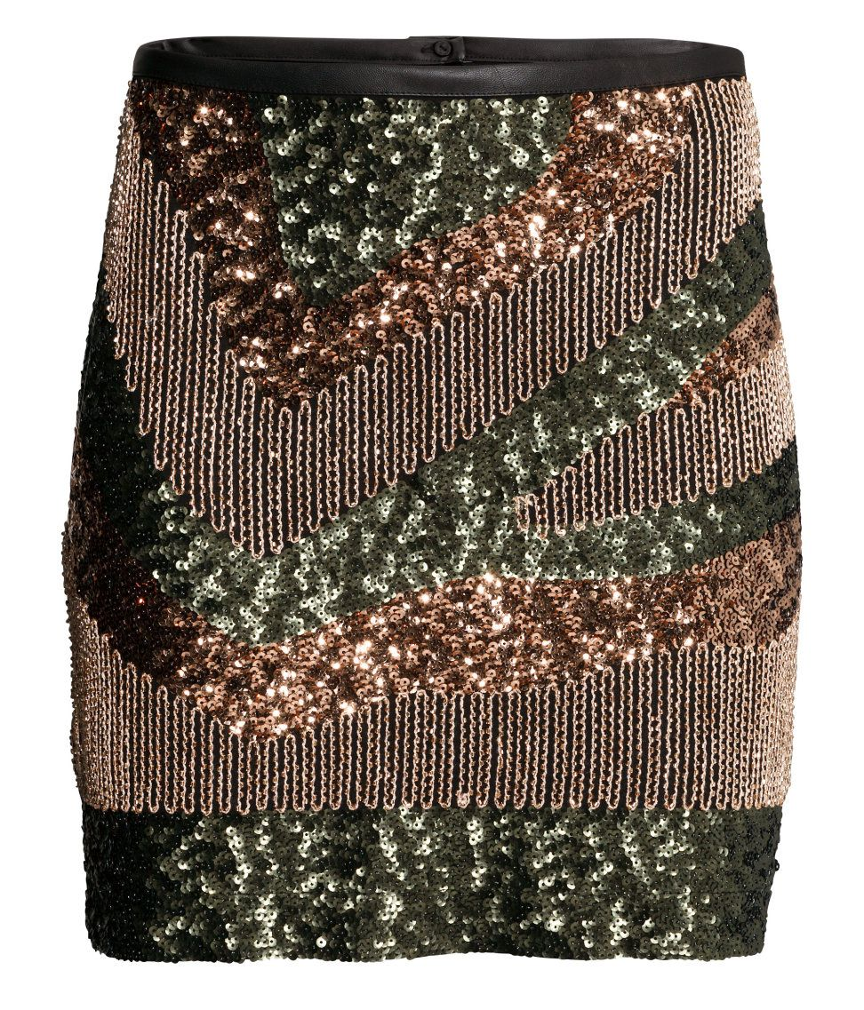 Short skirt in airy, woven fabric with sequin embroidery in green, bronze, and gold.│ Party in H&M