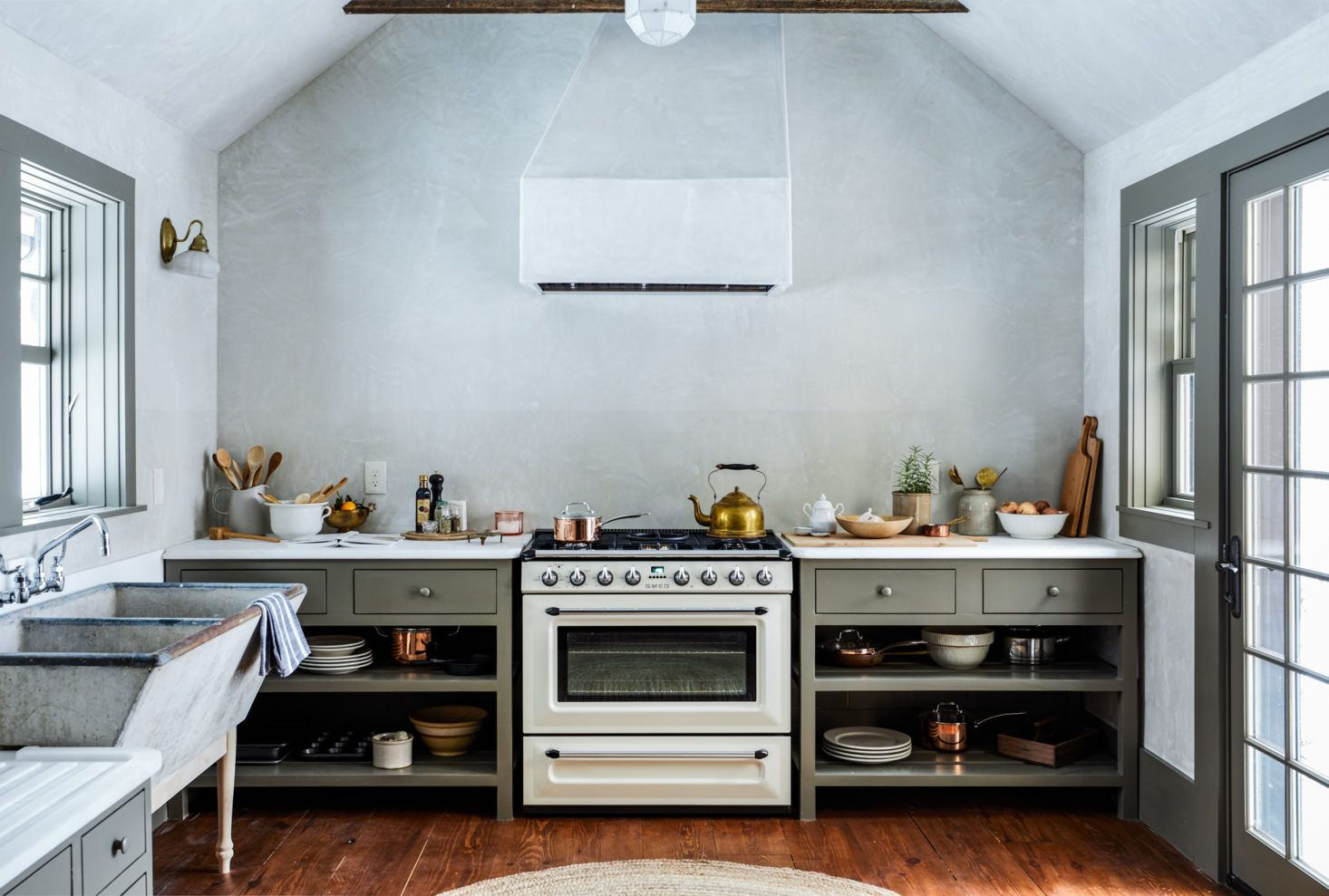 An Arts And Crafts Icon Reborn In The Catskills By Jersey Ice Cream Co Remodelista Kitchen Design Kitchen Remodel Kitchen Inspirations