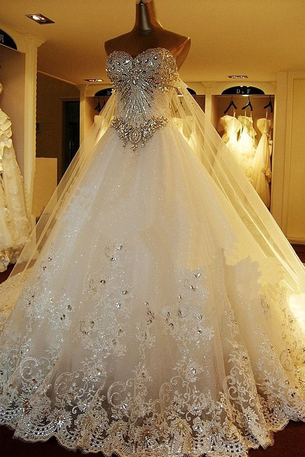 Sweetheart Ball Gown Watteau Train Wedding Dress with Appliques ...
