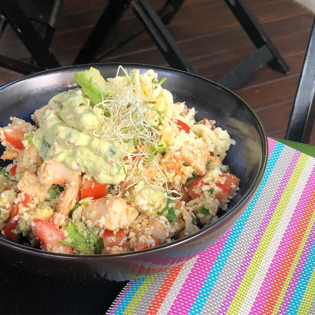 Burrito Bowl Low Carb Arroz De Couve Flor Frango Creme De