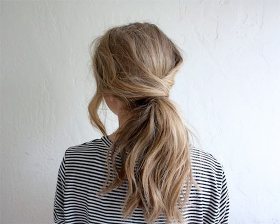 11 Easy Hairstyles for Snowy Days