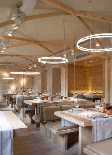 Ristorante la bien aparecida 4 bar ristoranti for Arredamento sala ristorante