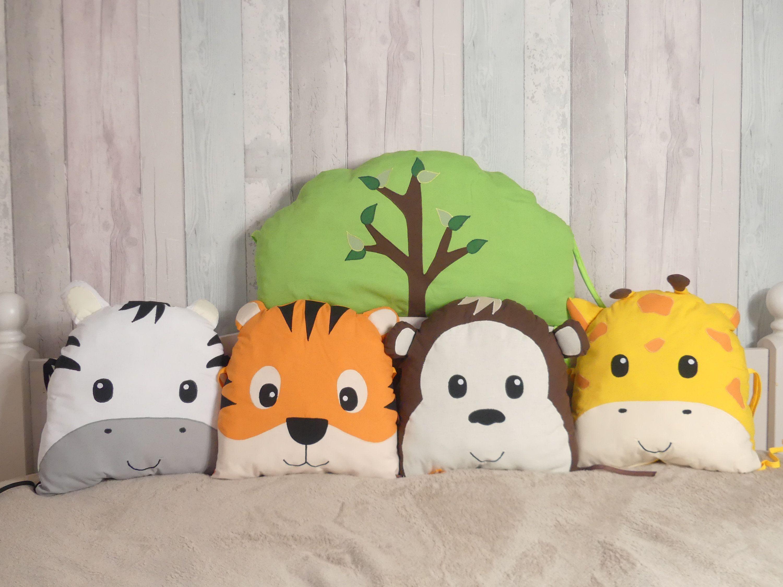 Tour De Lit Bebe Savane Jungleanimaux De La Savaneanimaux Etsy Animal Cushions Handmade Cushions Baby Bed