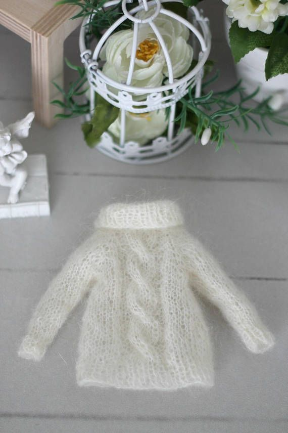 Handknitted fluffy sweater  for Neo Blythe Azone pure neemo