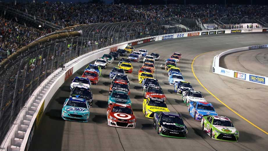 where to watch nascar live online free