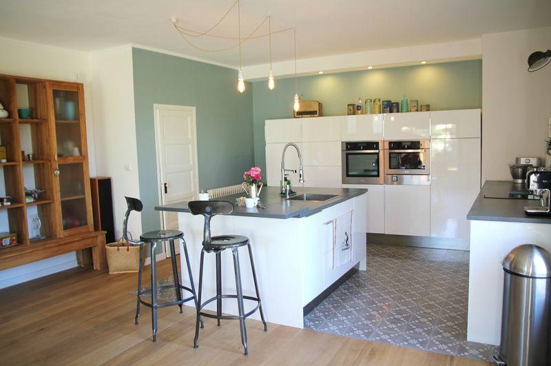 carreaux ciment barnab aime le caf am nagement pour la maison pinterest salons kitsch. Black Bedroom Furniture Sets. Home Design Ideas