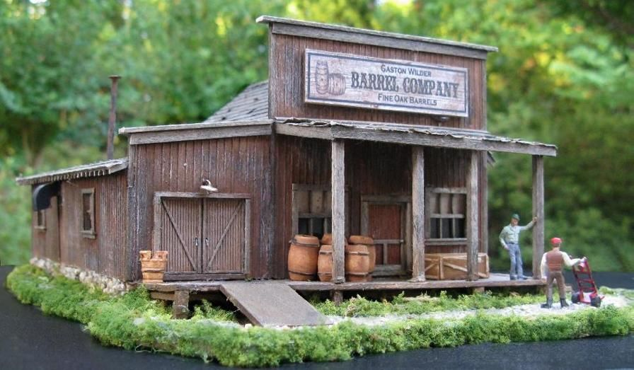 Miniature Wooden Building for HO scale 1:87 Model Trains