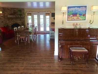 House vacation rental in Fallbrook, CA (San Diego County)  from VRBO.com!  #VRBO504627 #vacation Follow on Instagram @cottageonthecreek
