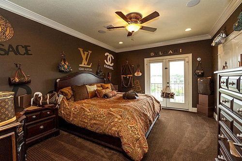 Snooze With Couture In This Special Louis Vuitton Bedroom Home Master Bedrooms Decor Bedroom Design