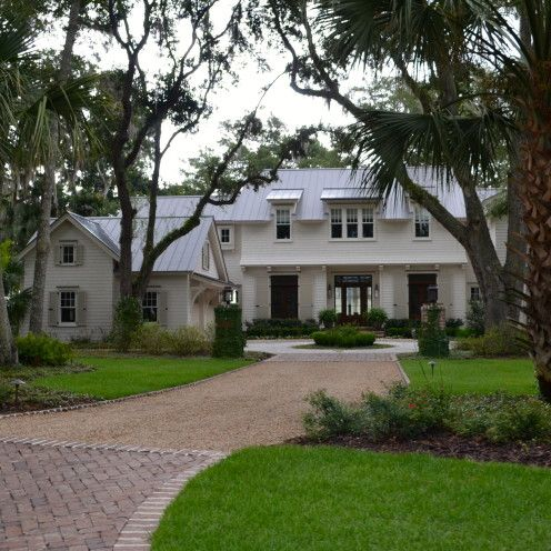 The Lovely Lowcountry Homes Of Palmetto Bluff Southern House Plans Coastal House Plans Southern Living House Plans