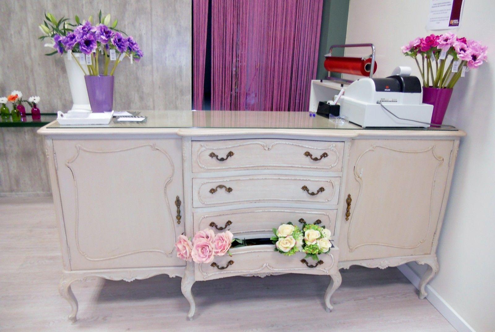 Mueble mostrador vintage restaurado | eBay | tienda de maquillaje ...