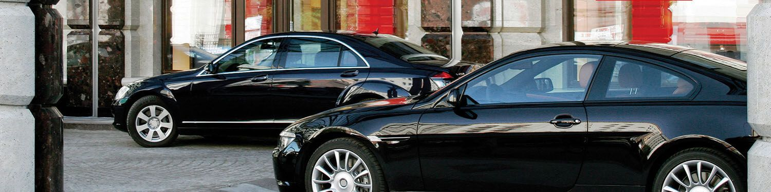 To Give Your Big Day A Luxurious Feel Style And Comfort Our Wedding Limousine Service In Princeton New Jersey And Surrounding L Party Bus Rental Luxury Car Rental Best Car Rental