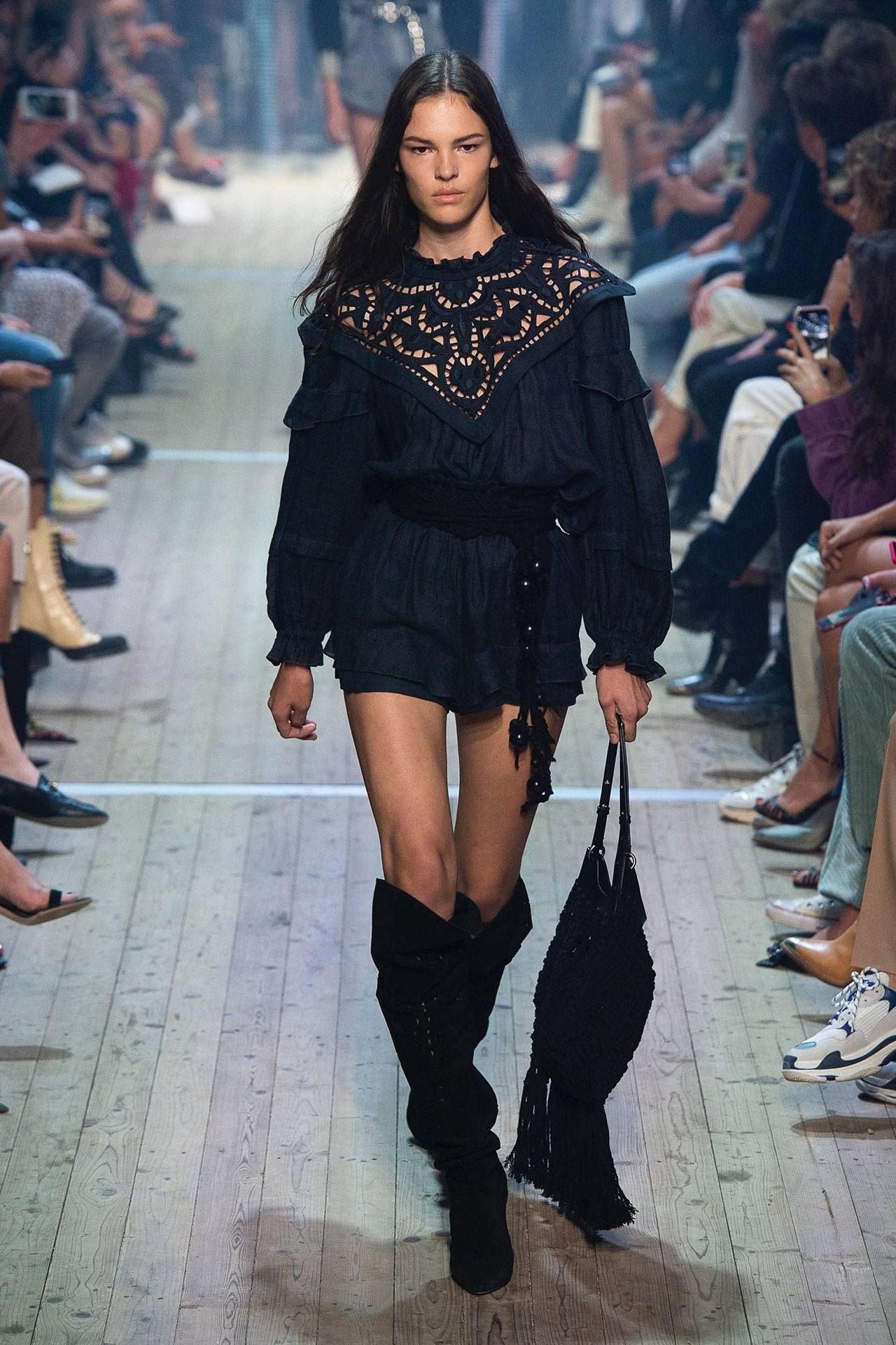 c32202a643f Isabel Marant Spring/Summer 2019 Ready-to-Wear | Summer.Chic ...