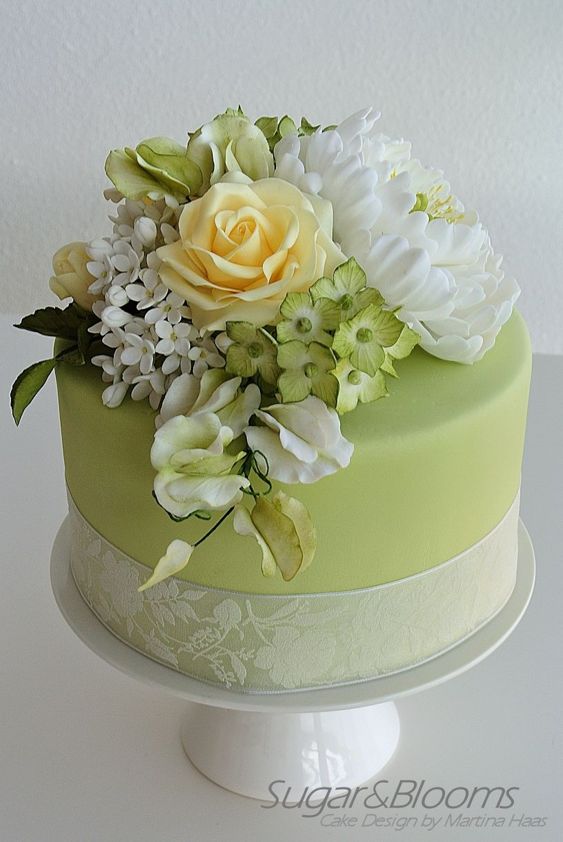 sugar flower decorations for wedding cakes sugar flower cake in soft green and yellow shades 20570