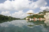 15 of the Most Awe-Inspiring Pools In the World - Homes and Hues