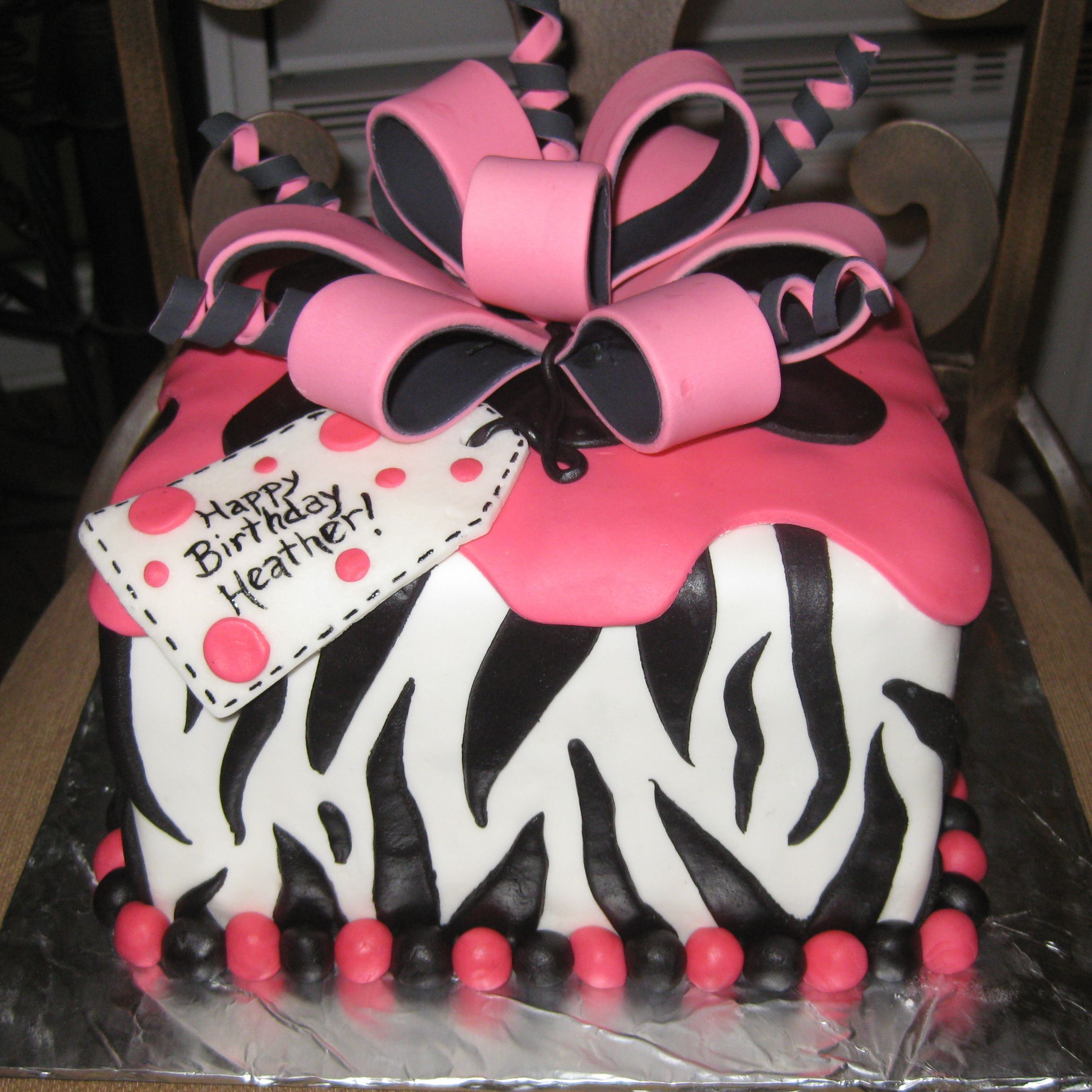 Hot Pink And Black Zebra Stripe Cake cakepinscom Inspiring Ideas