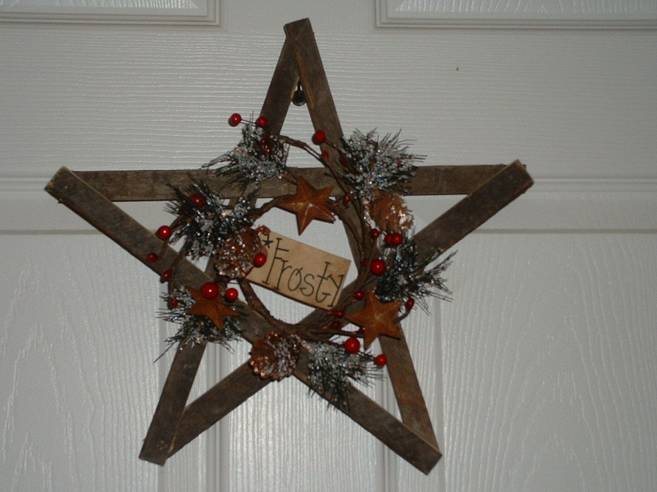 "12"" Primitive Holiday Tobacco Lathe Star. $12.00, Via Etsy"