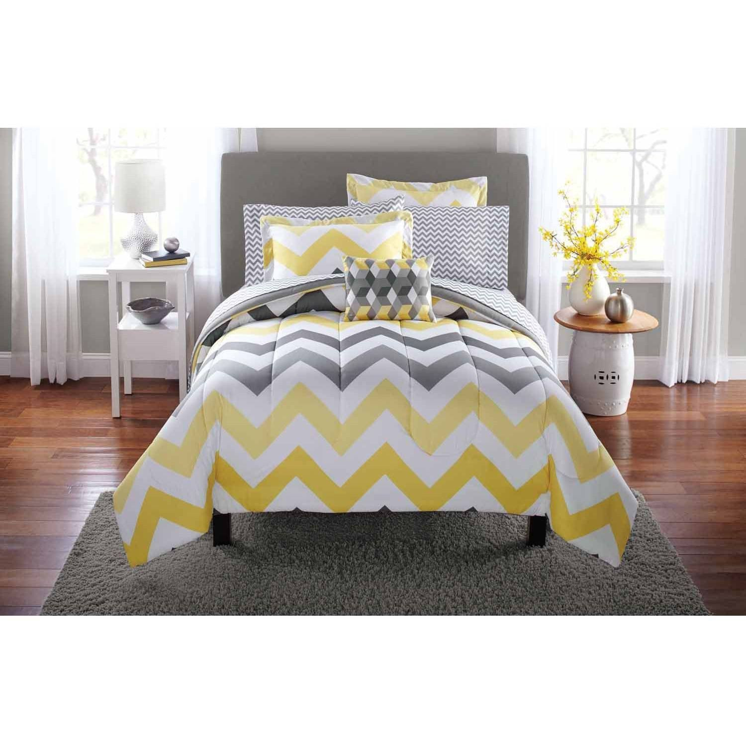 Mainstays Yellow Grey Chevron Bed in a Bag Bedding forter Set