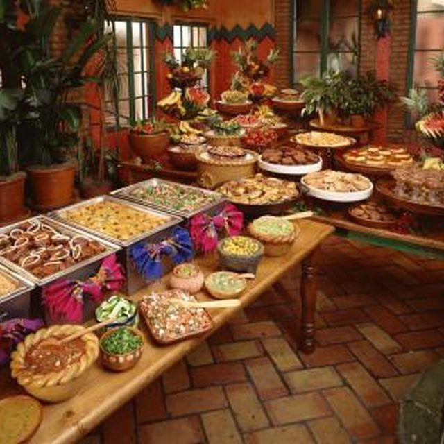 Mexican Food Ideas For Dinner Party Part - 34: Http://www.rednecklatte.com/wp-content/uploads/2010/09/Fajita-Bar.jpg    Taco Bar   Pinterest   Food Bars, Bar And Taco Bar